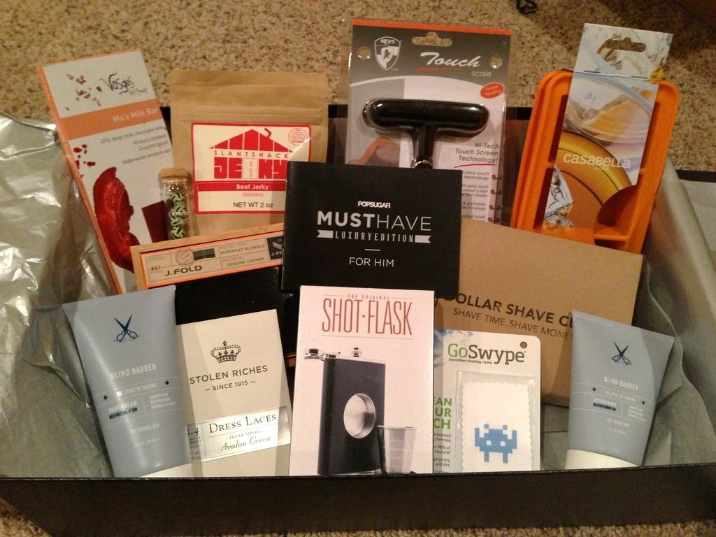 POPSUGAR Must Have 2012 Holiday for Him Box Review