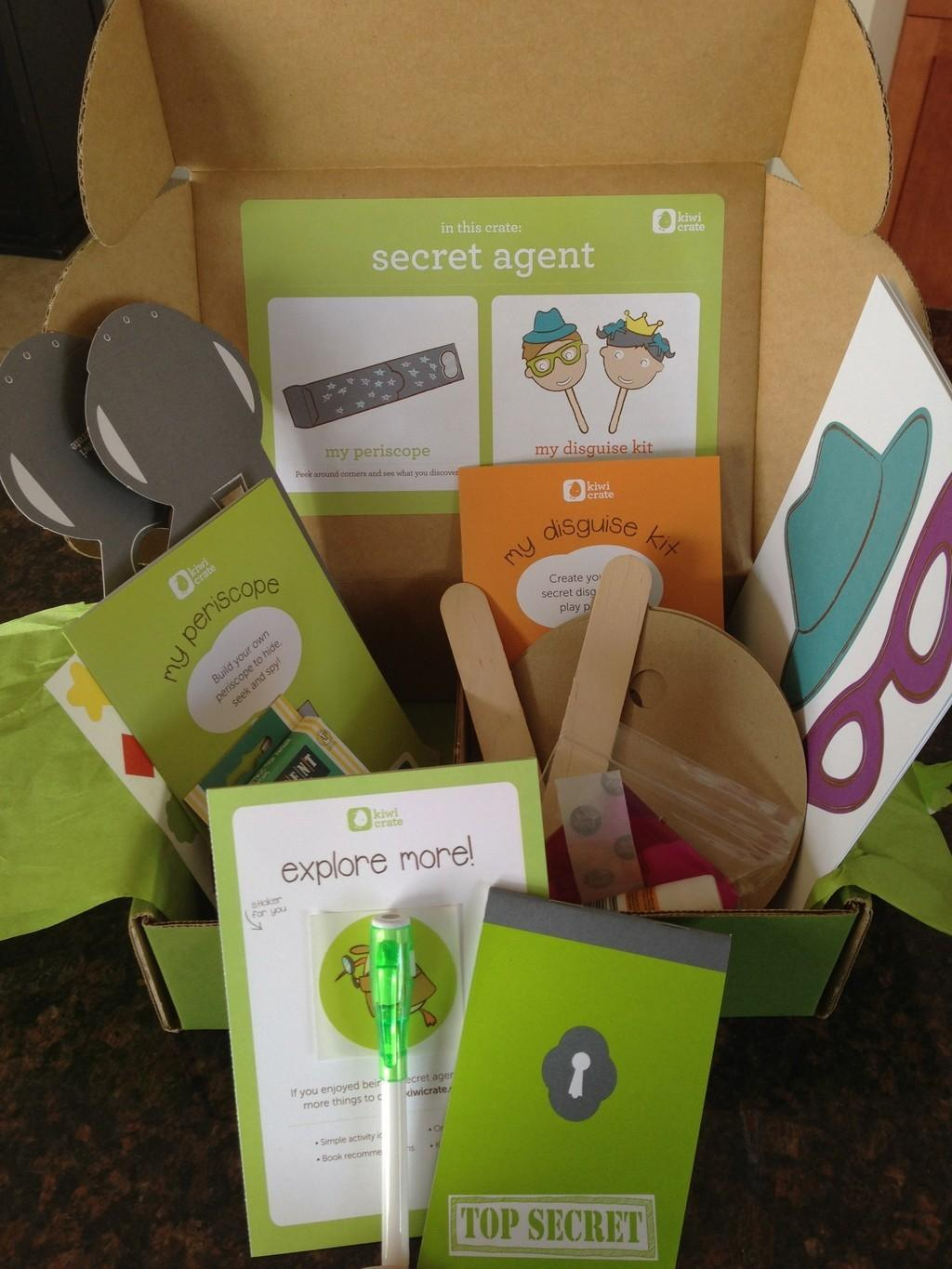 Kiwi Crate Review + Coupon Code – March 2013