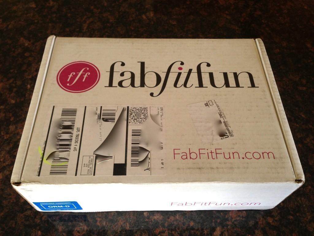 Summer fabfitfun VIP Box