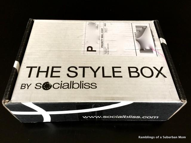October 2014 Socialbliss Style Box