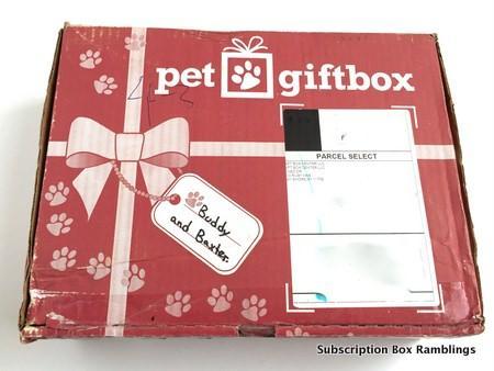 PetGiftBox May 2015 Subscription Box Review