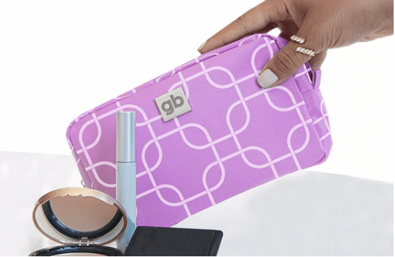 Gwynnie Bee – Free Month + FREE Cosmetic Bag
