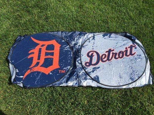 Sports Crate MLB Subscription Review (Detroit Tigers) - July 2017