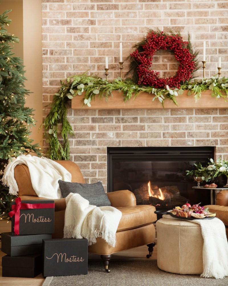 Mostess Winter 2019 Box FULL Spoilers