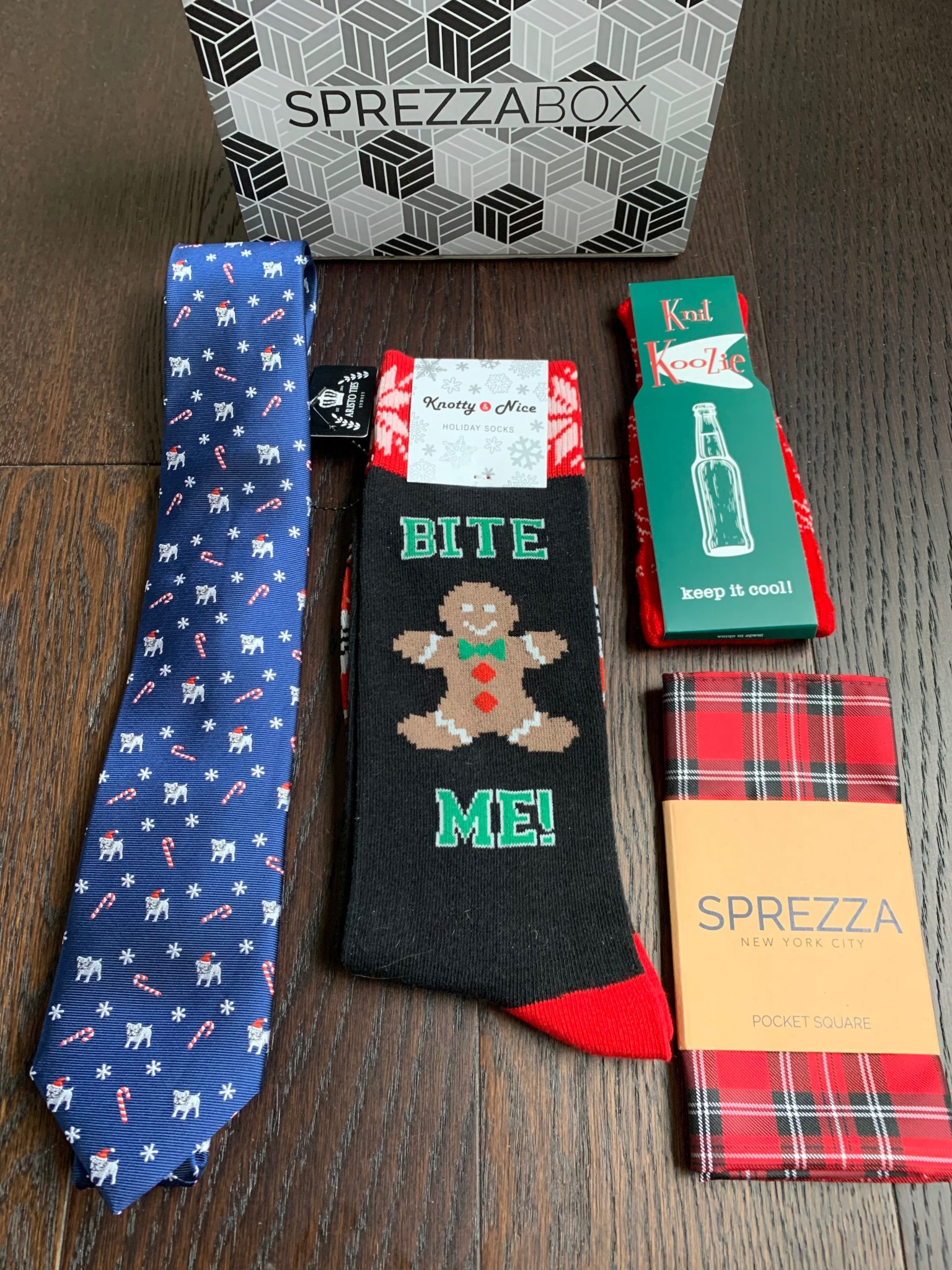 SprezzaBox Review + Coupon Code – December 2019