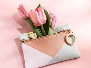 ipsy Limited Edition Spring Essentials Mystery Bag – On Sale Now