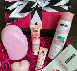 GLOSSYBOX Review + Coupon Code - August 2020